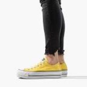Converse Women's Chuck Taylor All Star Lift Low To